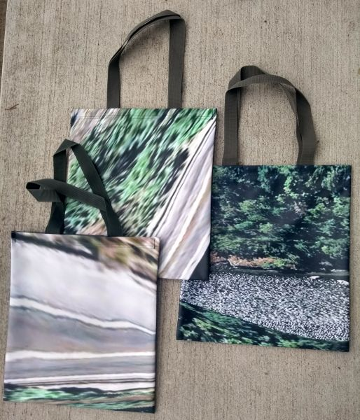 Totebags Materialising the Internet -